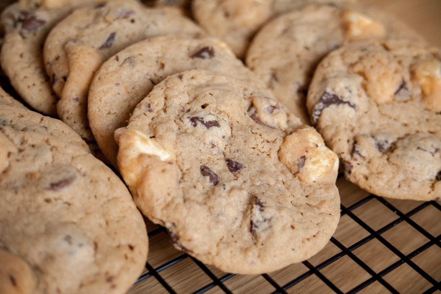 Butterscotch chocolate chip cookies (possibly best ever!) | Lady Bakes ...